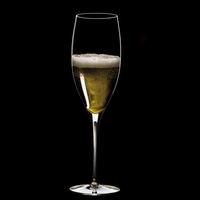 Champagne : Perrier-Jouët convie 12 experts du vin à une verticale qui démarre en 1825