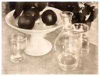 Heinrich KUHN Nature morte : verres et carafe © DR - RMN (Musée d'Orsay) - Béatrice Hatala