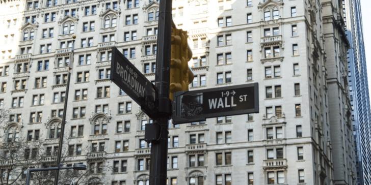Why Major U.S. Financial Companies Avoid the Crypto Market.