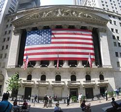 Les déterminants des comouvements des rendements boursiers et obligataires