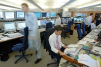 Les Grecs et les capitaux spéculatifs mettent les nerfs des investisseurs à rude épreuve