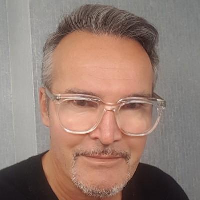 Gonzague del Sarte                        - CEO Tactical Watcher